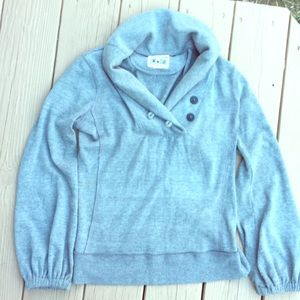 Super soft! CONVERSE Sm Button sweater